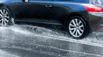 Aprenda a limpar corretamente o carro depois da chuva!