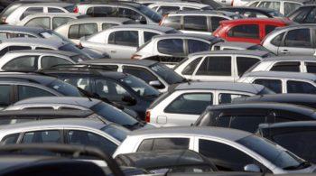 Vale a pena comprar carro de leilão?