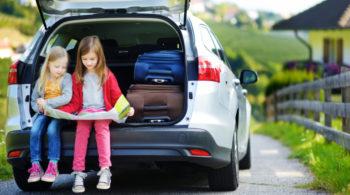 Dicas para manter o carro limpo mesmo tendo filhos pequenos