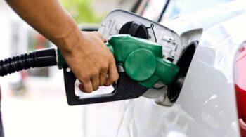 8 hábitos que você deve evitar para economizar combustível do seu veículo!